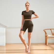 Criss Cross Back Crop Sports Tee With Sports Leggings