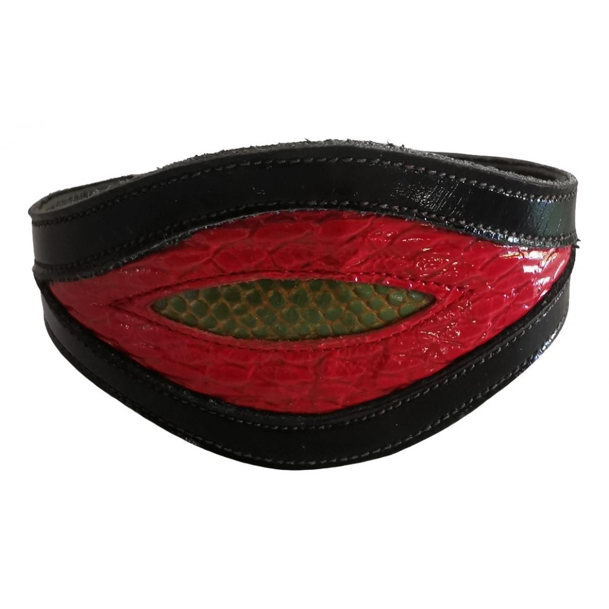 Non Signé / Unsigned Manchette Black Leather bracelet for Women \N