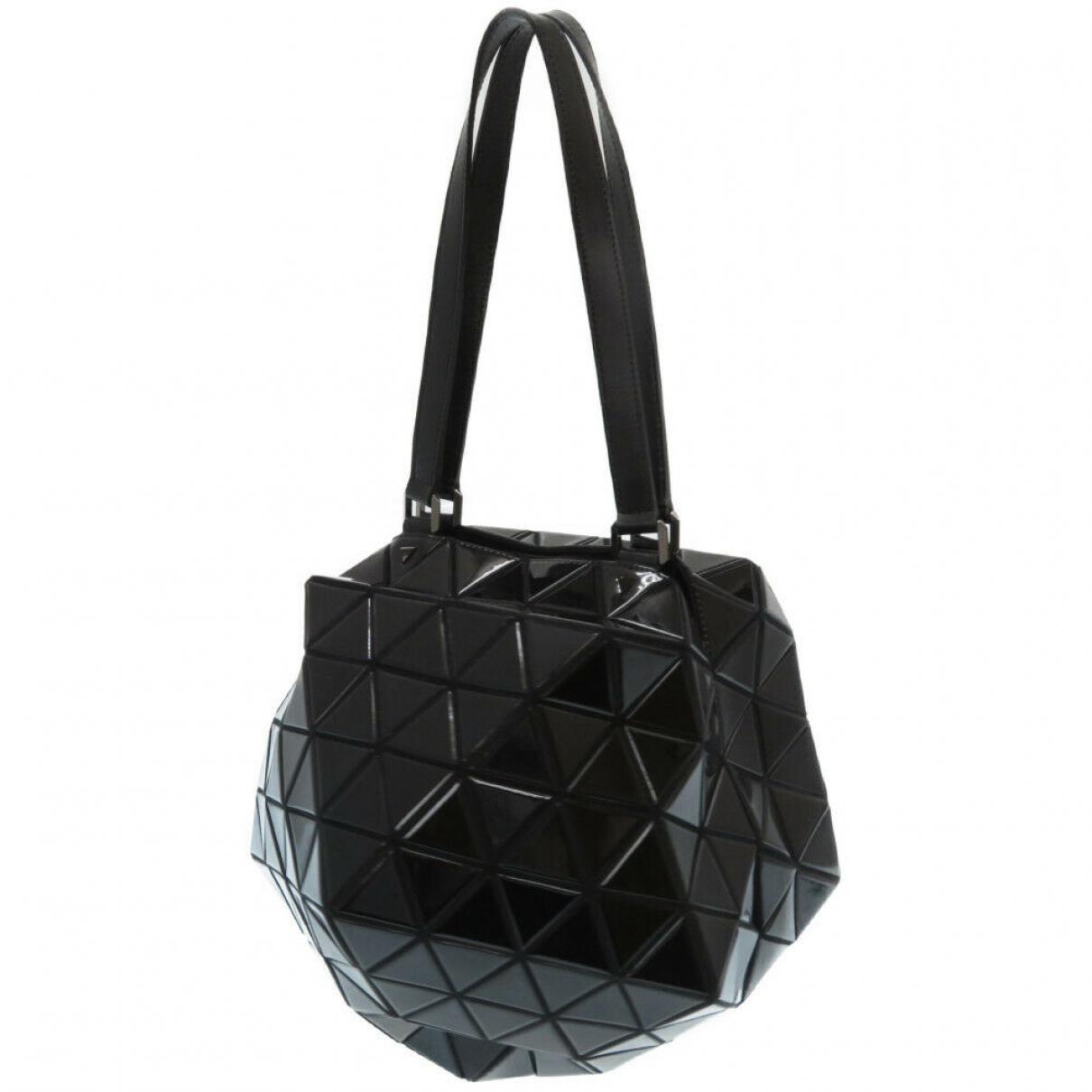 Issey Miyake \N Black Leather handbag for Women \N