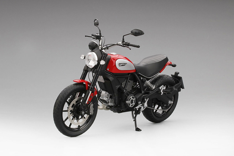 2015 Rosso Ducati Scramble Icon Red Motorcycle Model 1/12 Diecast Model by True Scale Miniatures