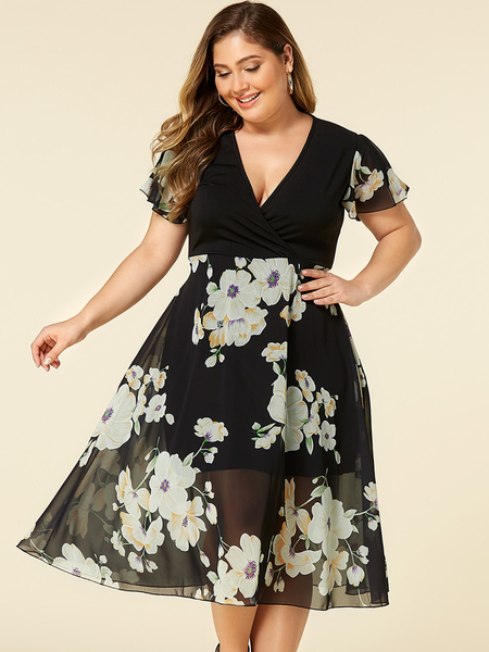 Yoins Plus Size Black Random Floral Print Wrap Design Dress