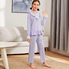 Schlafanzug Set mit Guipure Spitzen und Knoten vorn