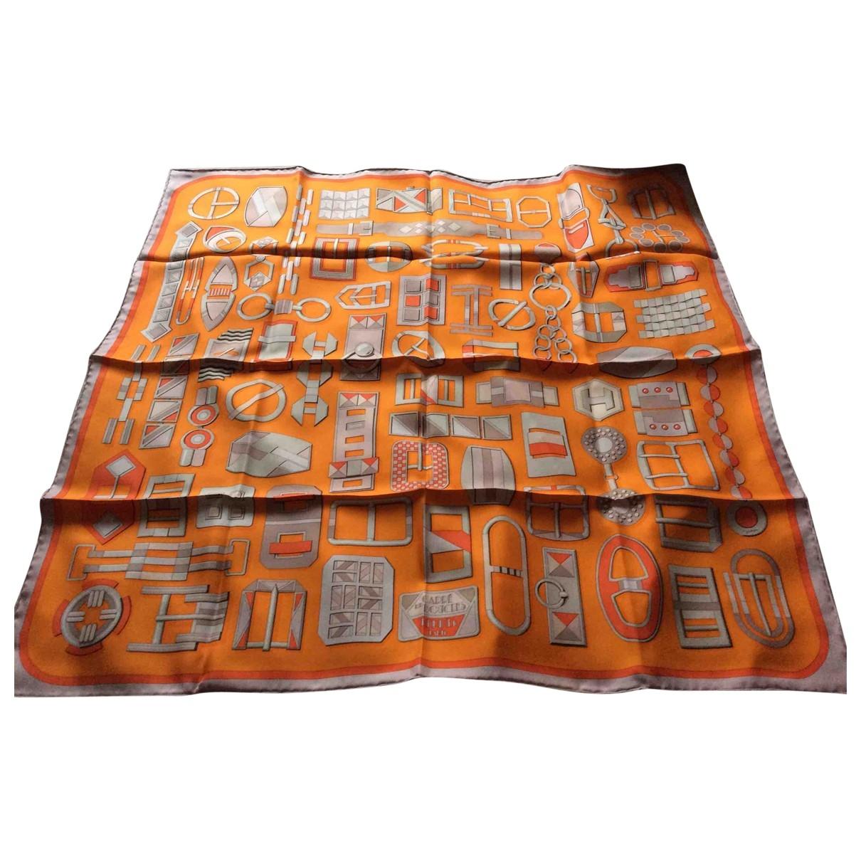 Hermes Carre 90 Tuecher in  Orange Seide