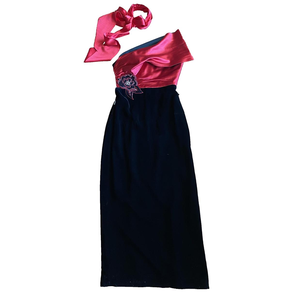 Nina Ricci \N Kleid in  Rot Seide