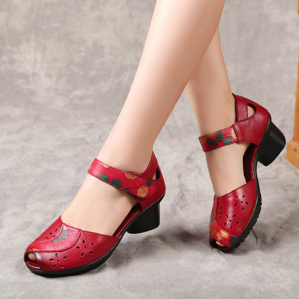 SOCOFY Retro Printing Pattern Hollow Out Hook Loop Genuine Leather Sandals