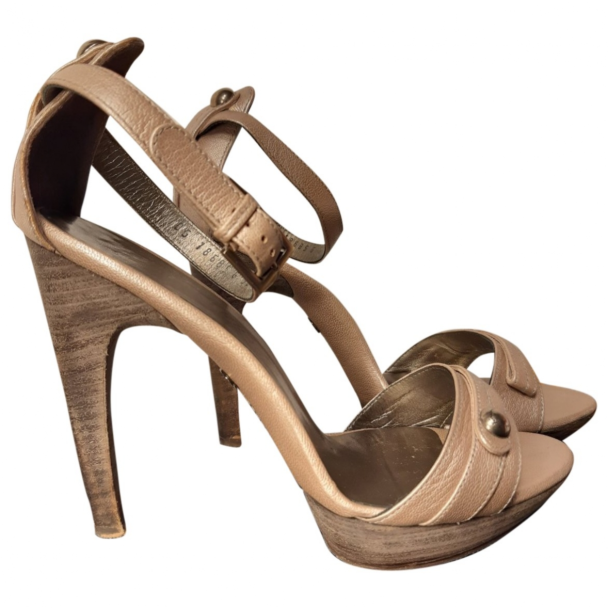 Salvatore Ferragamo \N Sandalen in  Metallic Leder