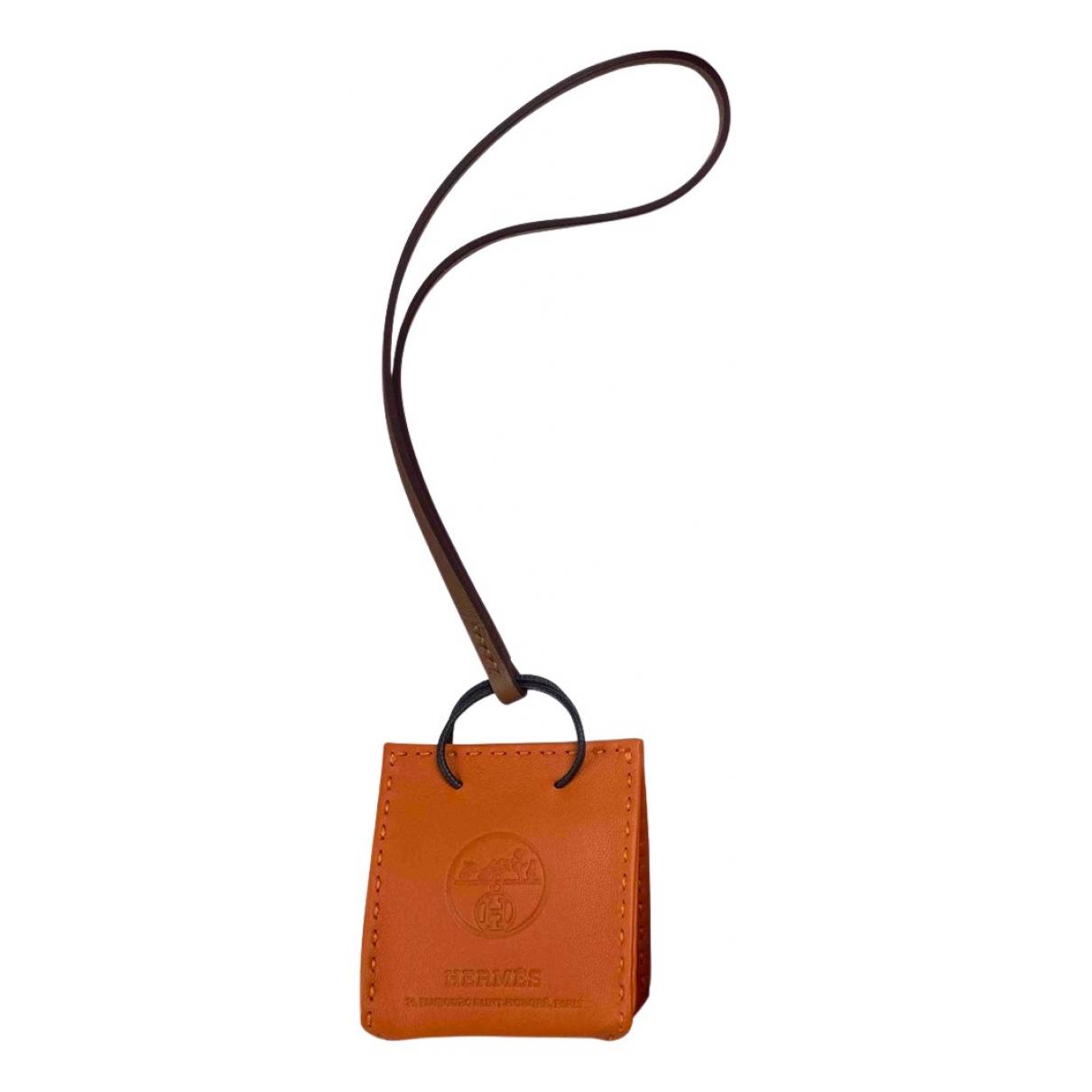 Hermes Shopping bag charm Taschenschmuck in Leder