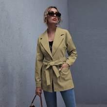 Einreihiger Mantel mit Taschen Klappe und Guertel