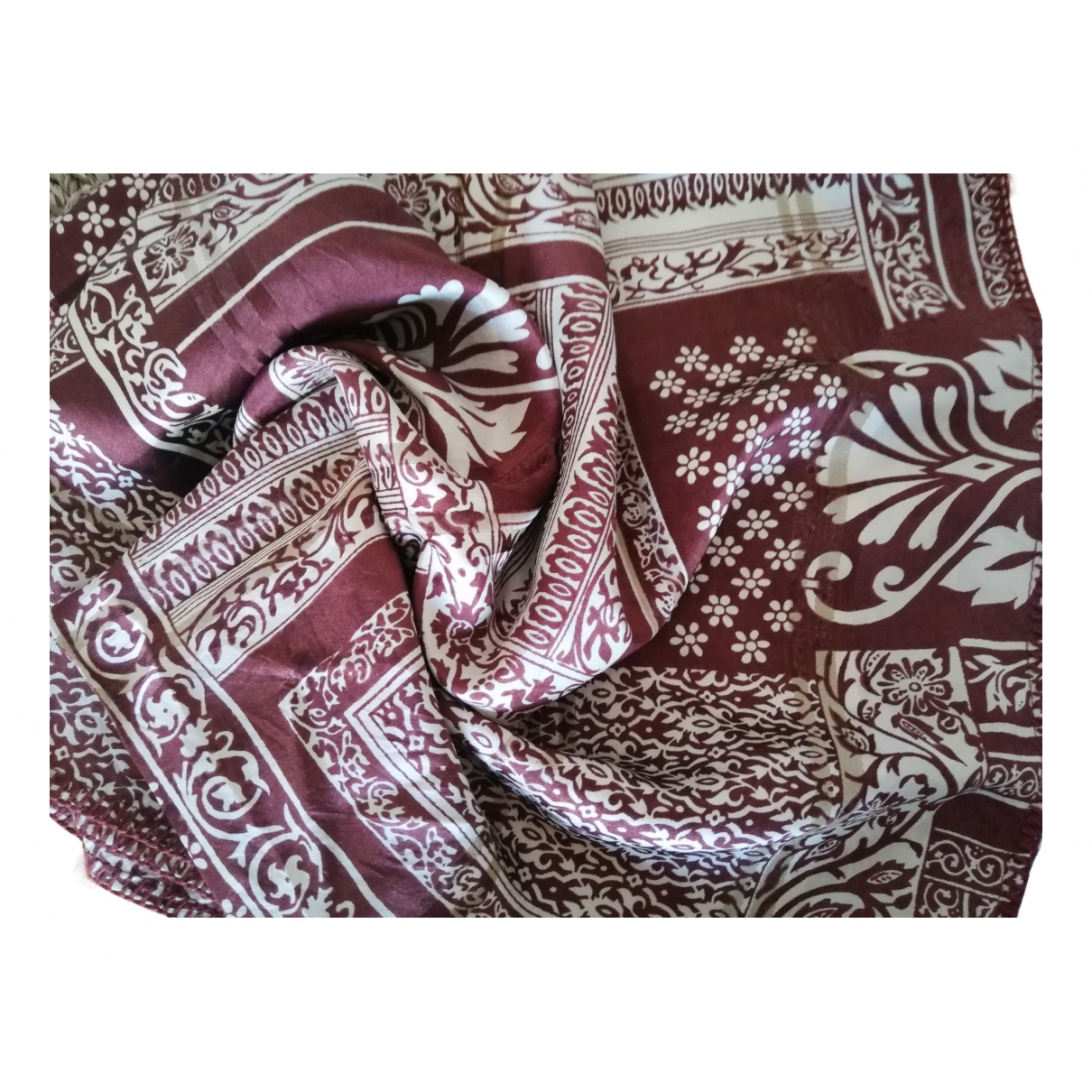 Non Signé / Unsigned N Brown Silk scarf for Women N
