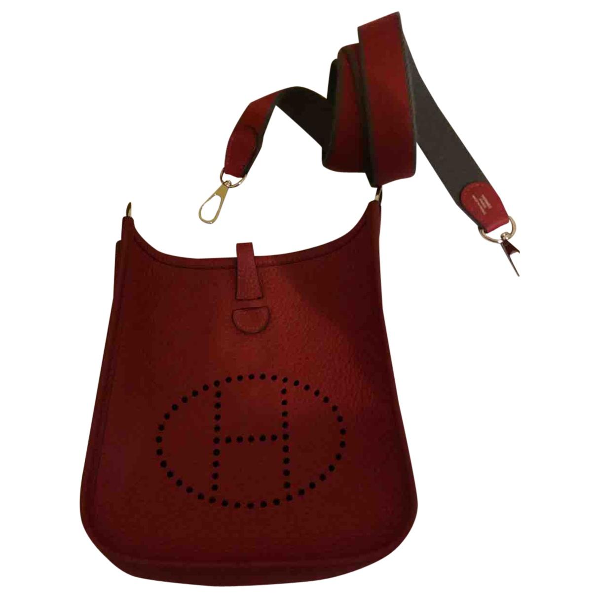 Hermes Evelyne Handtasche in  Rot Leder