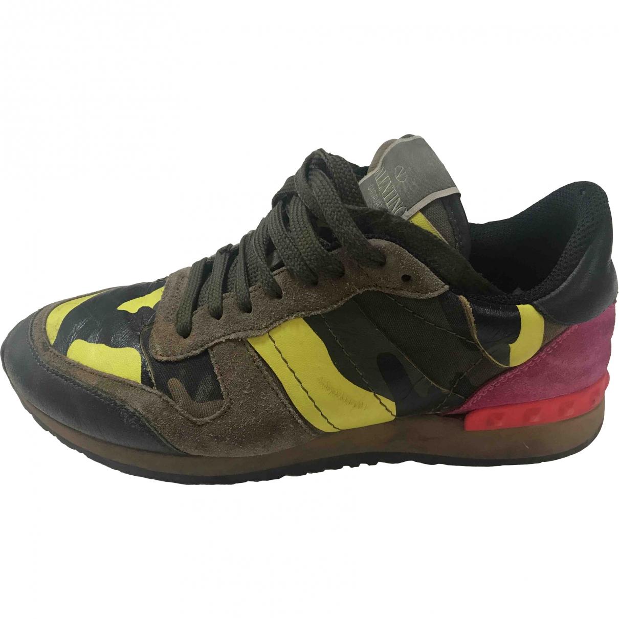 Valentino Garavani Rockrunner Sneakers in  Khaki Leder