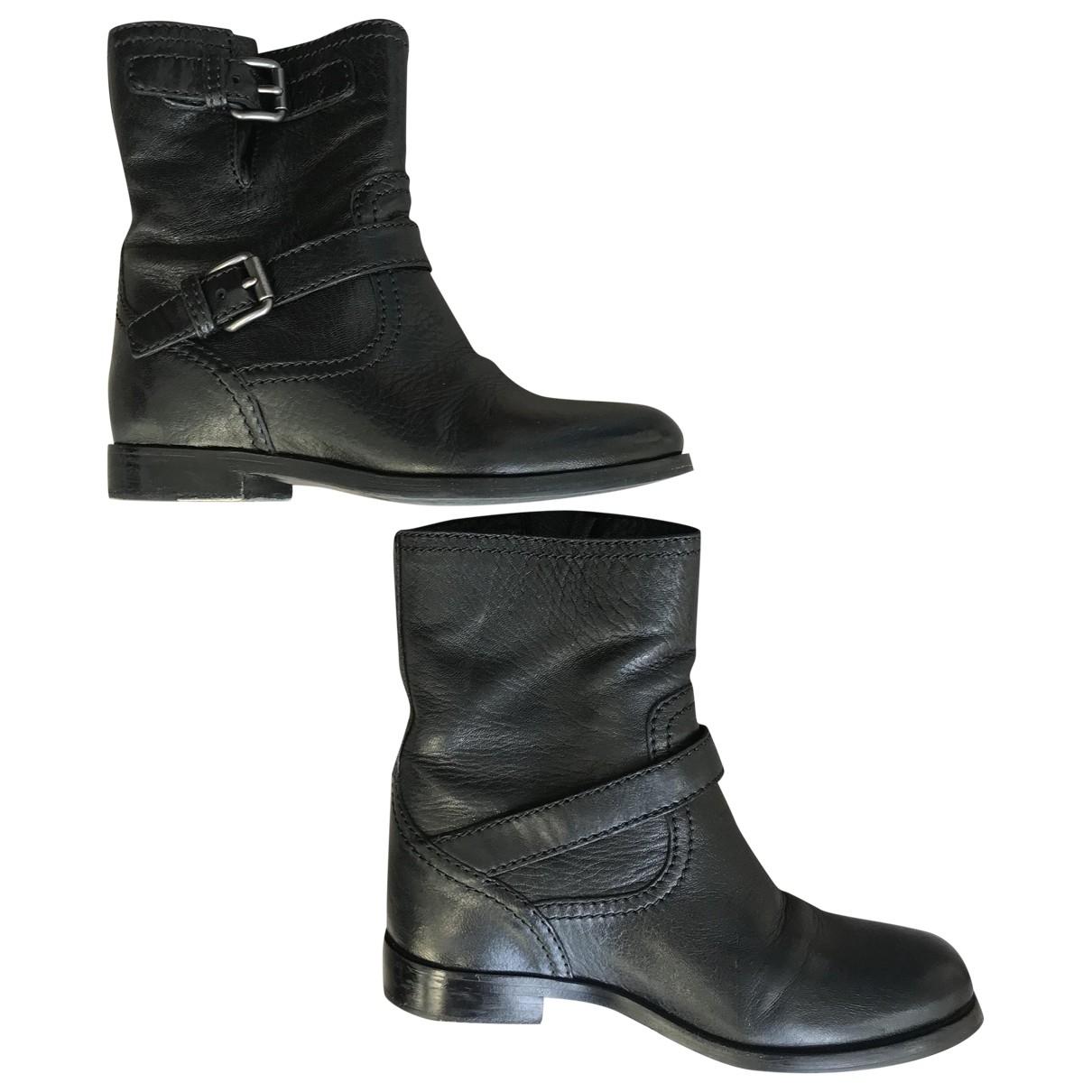 Prada \N Stiefeletten in  Schwarz Leder