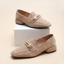 Minimalistische Loafers mit Horsebit Dekor