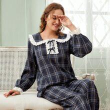 Schlafanzug Set mit Schleife vorn, Ose Stickereien und Plaid Muster