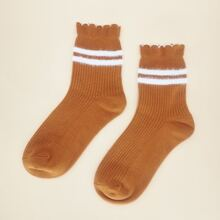 Scallop Trim Socks