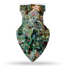 Sonnenschutz fuer das Gesicht mit Weihnachtsbaum Muster