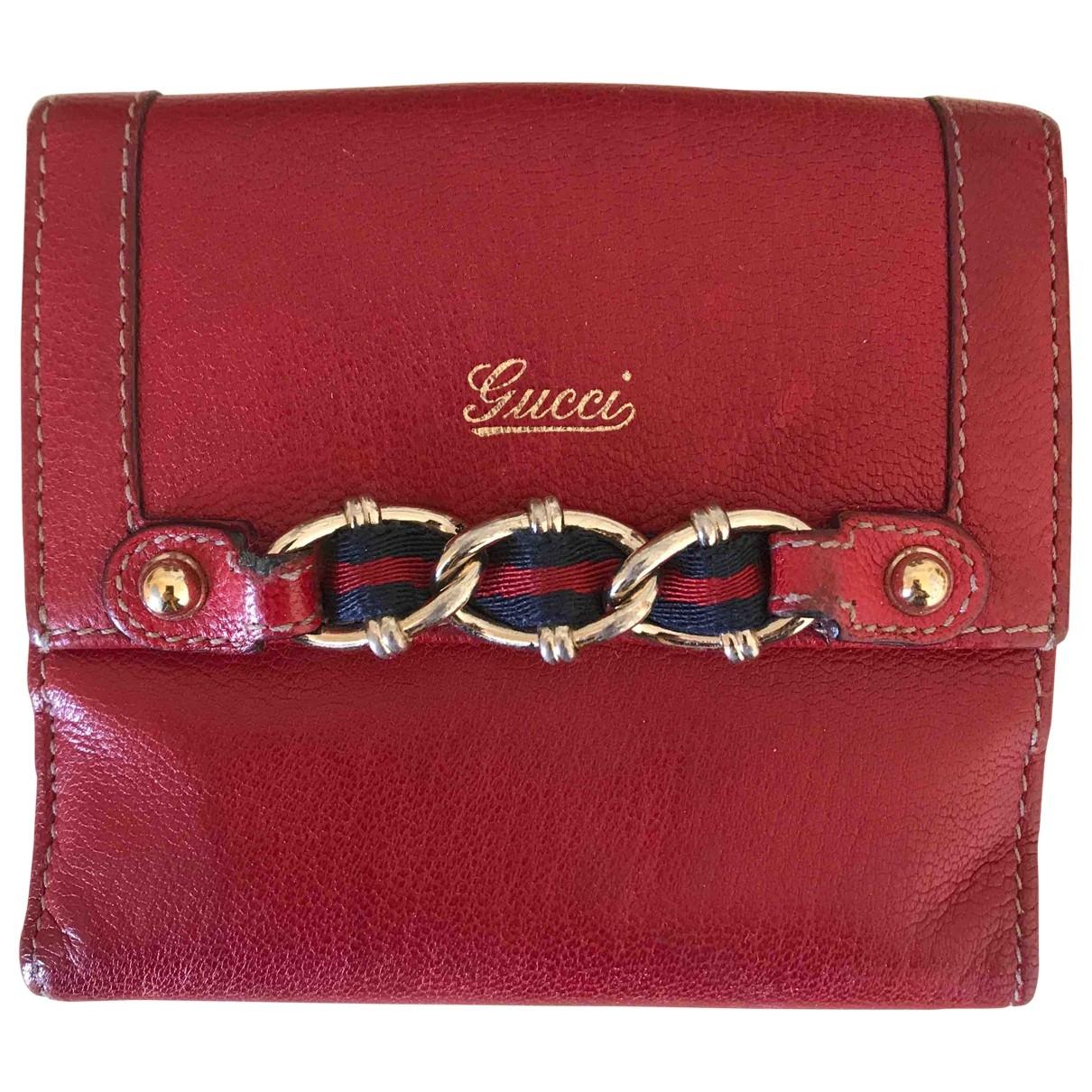 Gucci \N Portemonnaie in  Rot Leder