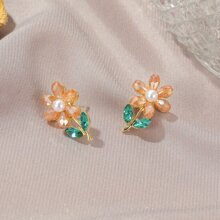 Rhinestone Decor Flower Design Stud Earrings