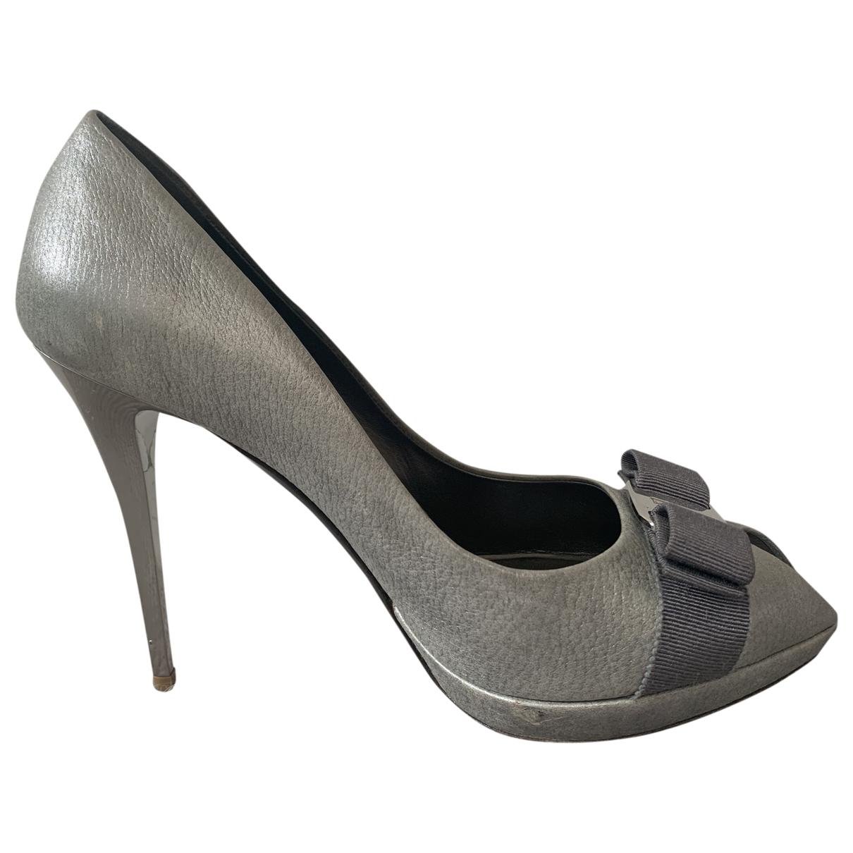 Salvatore Ferragamo \N Metallic Pony-style calfskin Heels for Women 8 US