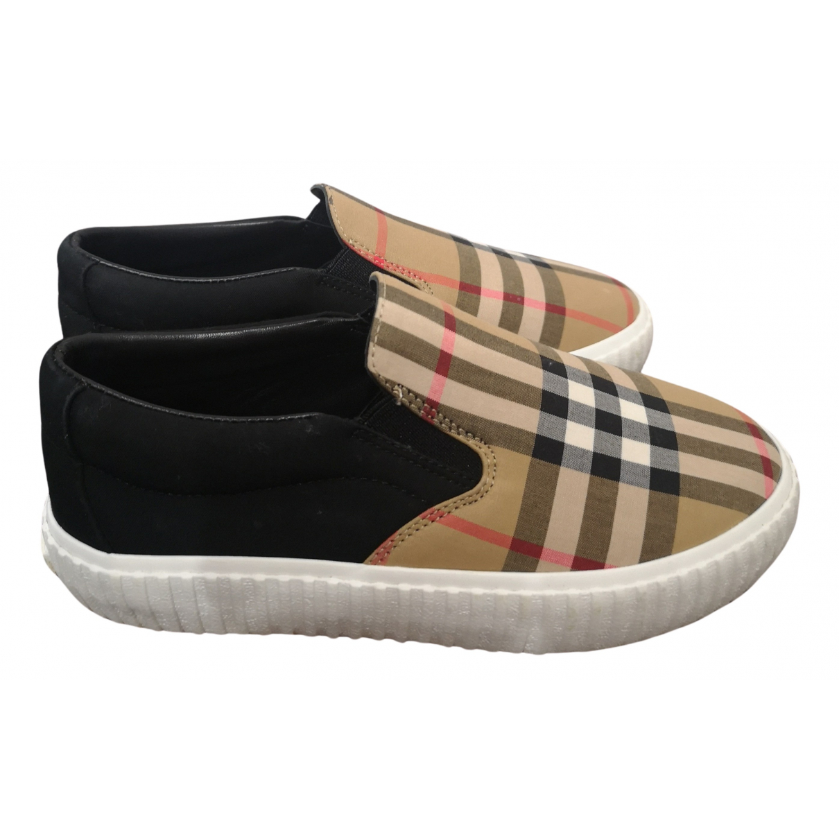 Burberry N Multicolour Cloth Trainers for Kids 33 FR