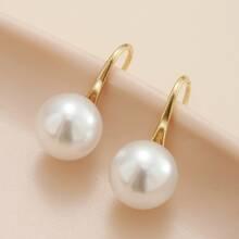 Pendientes con perla artificial
