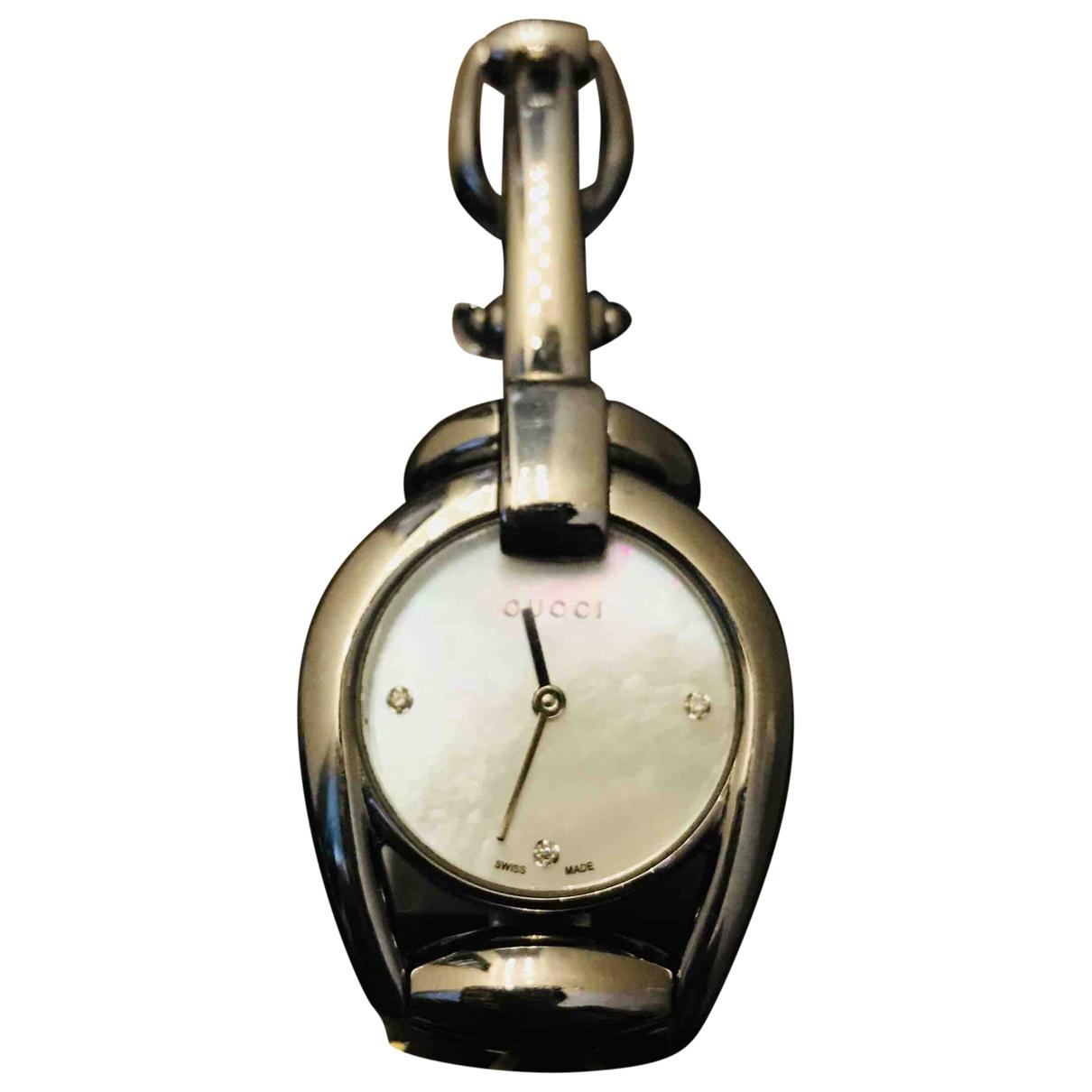 Gucci Horsebit Uhr in  Metallic Stahl