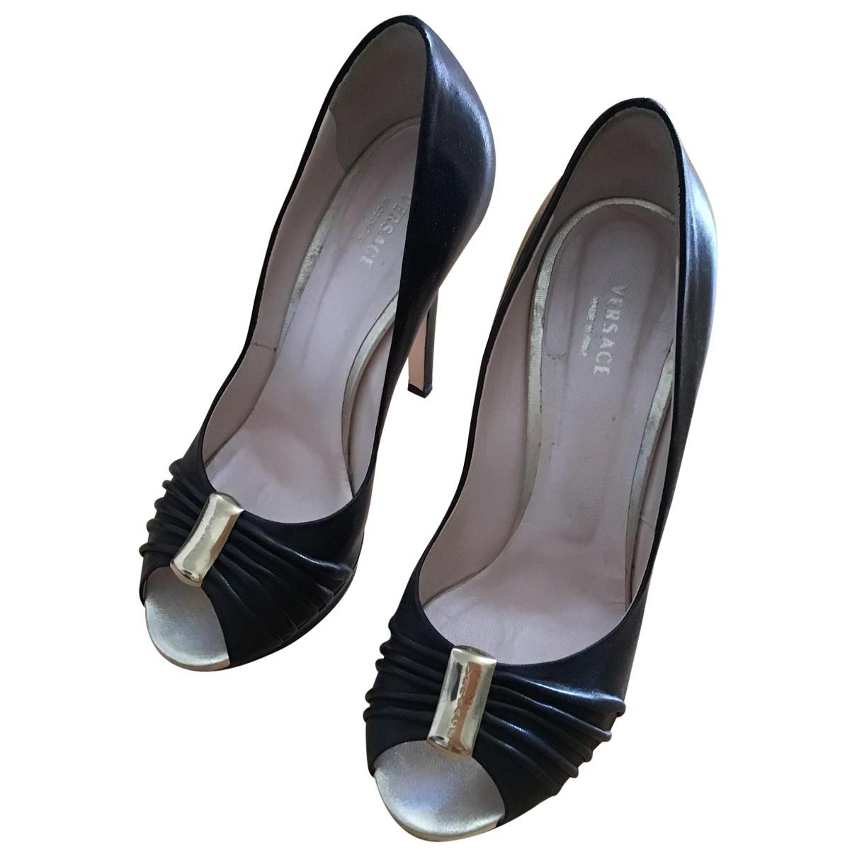 Versace \N Black Leather Heels for Women 36.5 EU