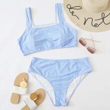 Bikini Badeanzug mit Streifen