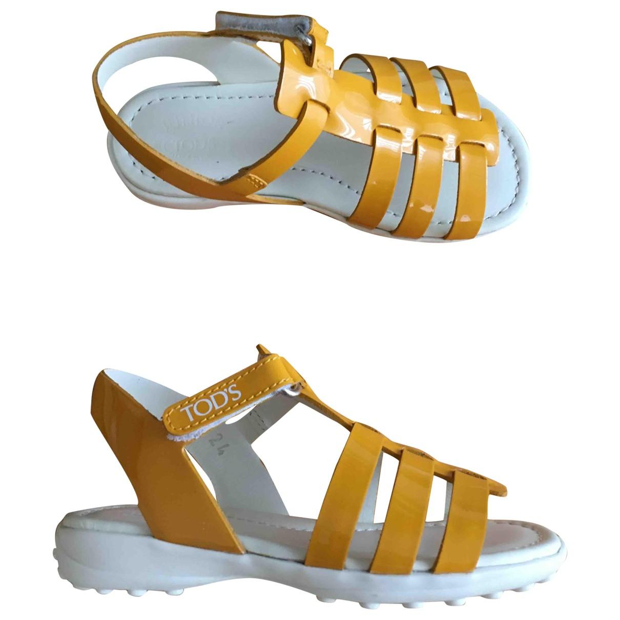 Tods \N Sandalen in  Gelb Leder