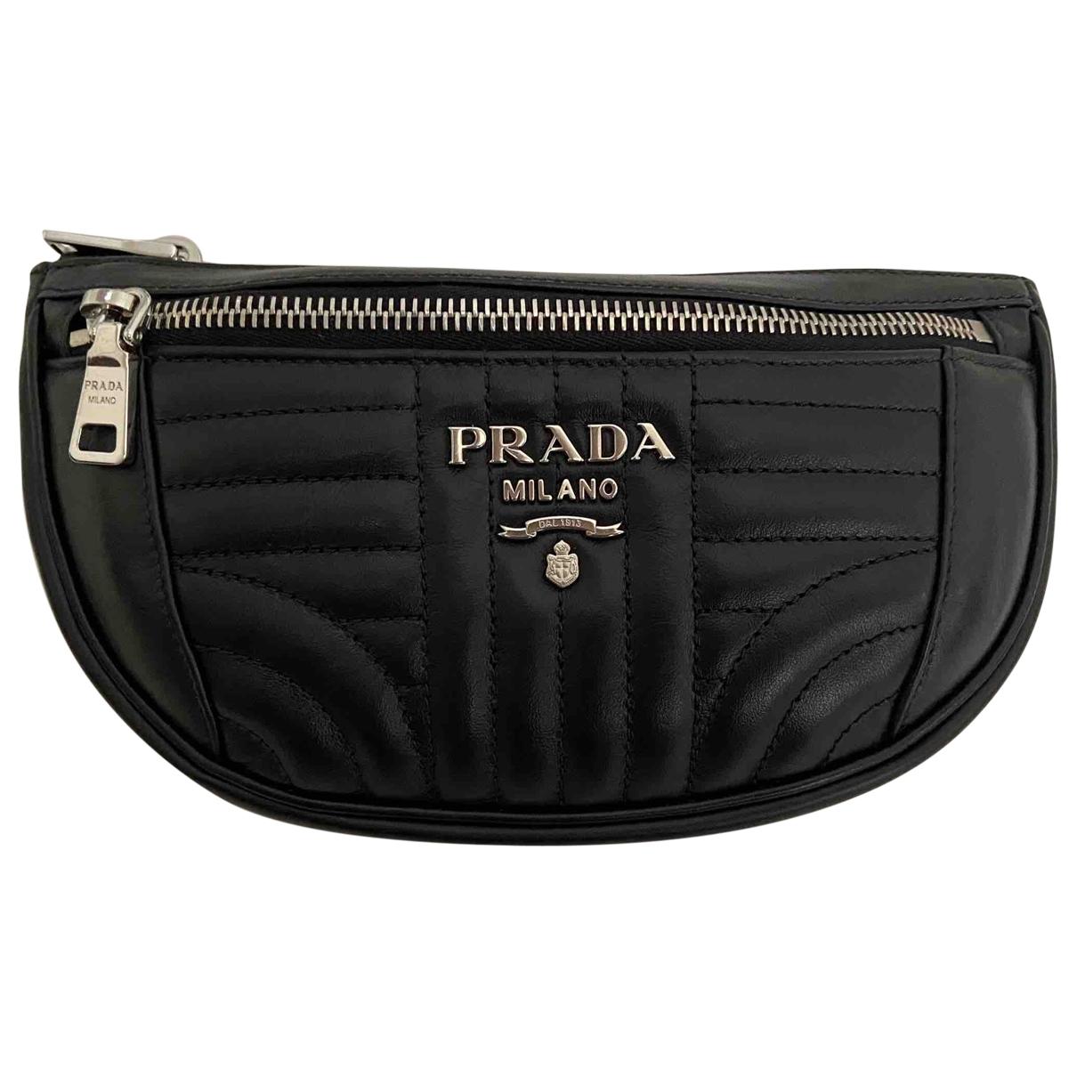 Prada - Pochette Diagramme pour femme en cuir - noir