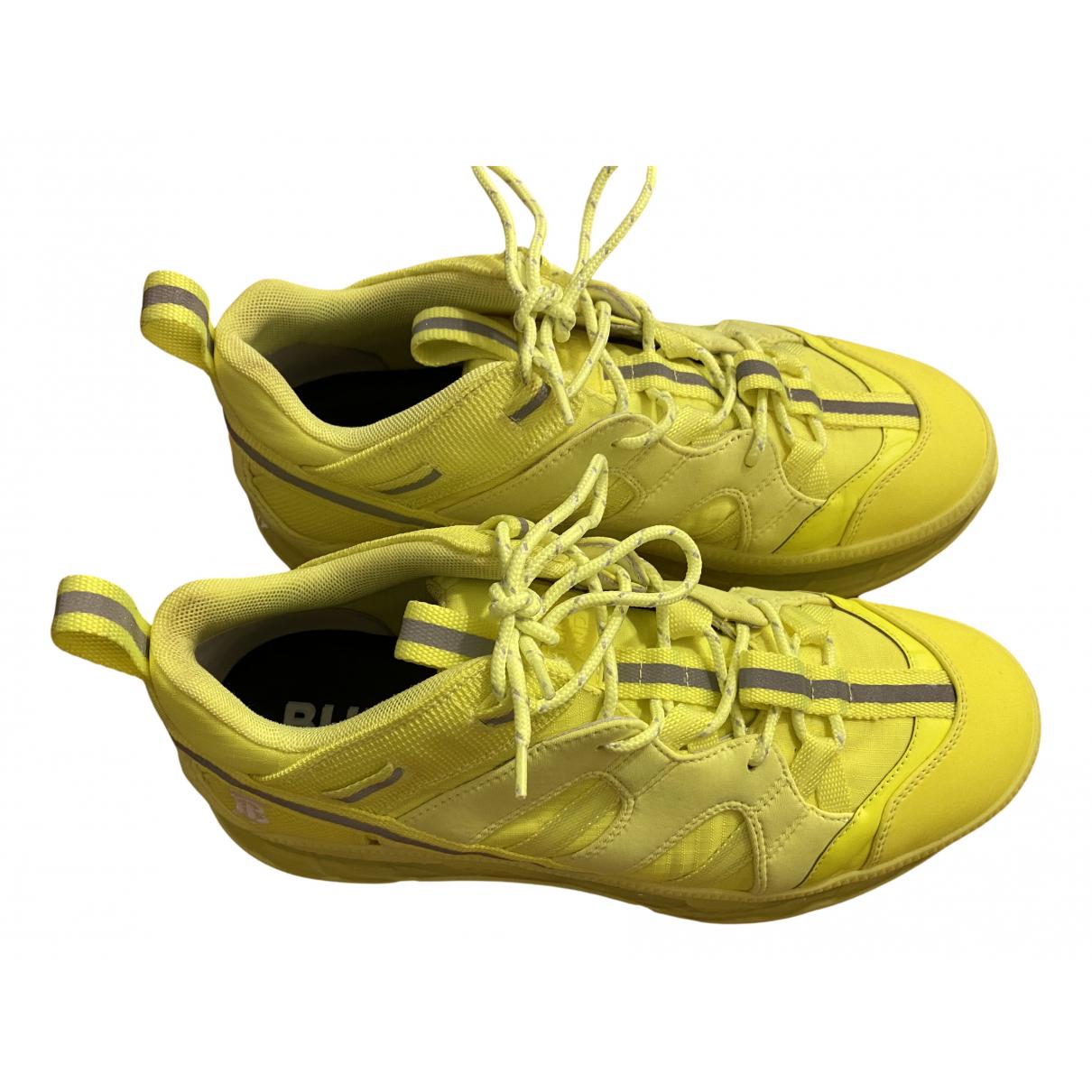 Burberry - Baskets   pour femme - jaune