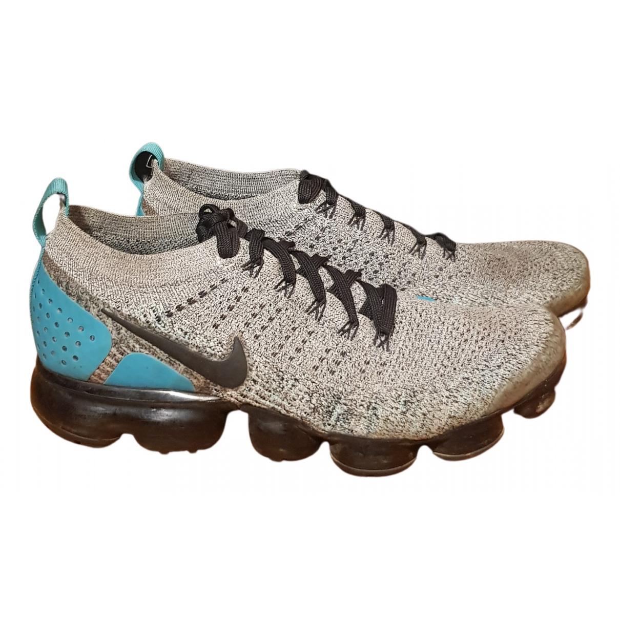 Nike Air VaporMax Sneakers in  Grau Polyester