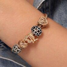 Armband mit Ausschnitt und Herzen Dekor