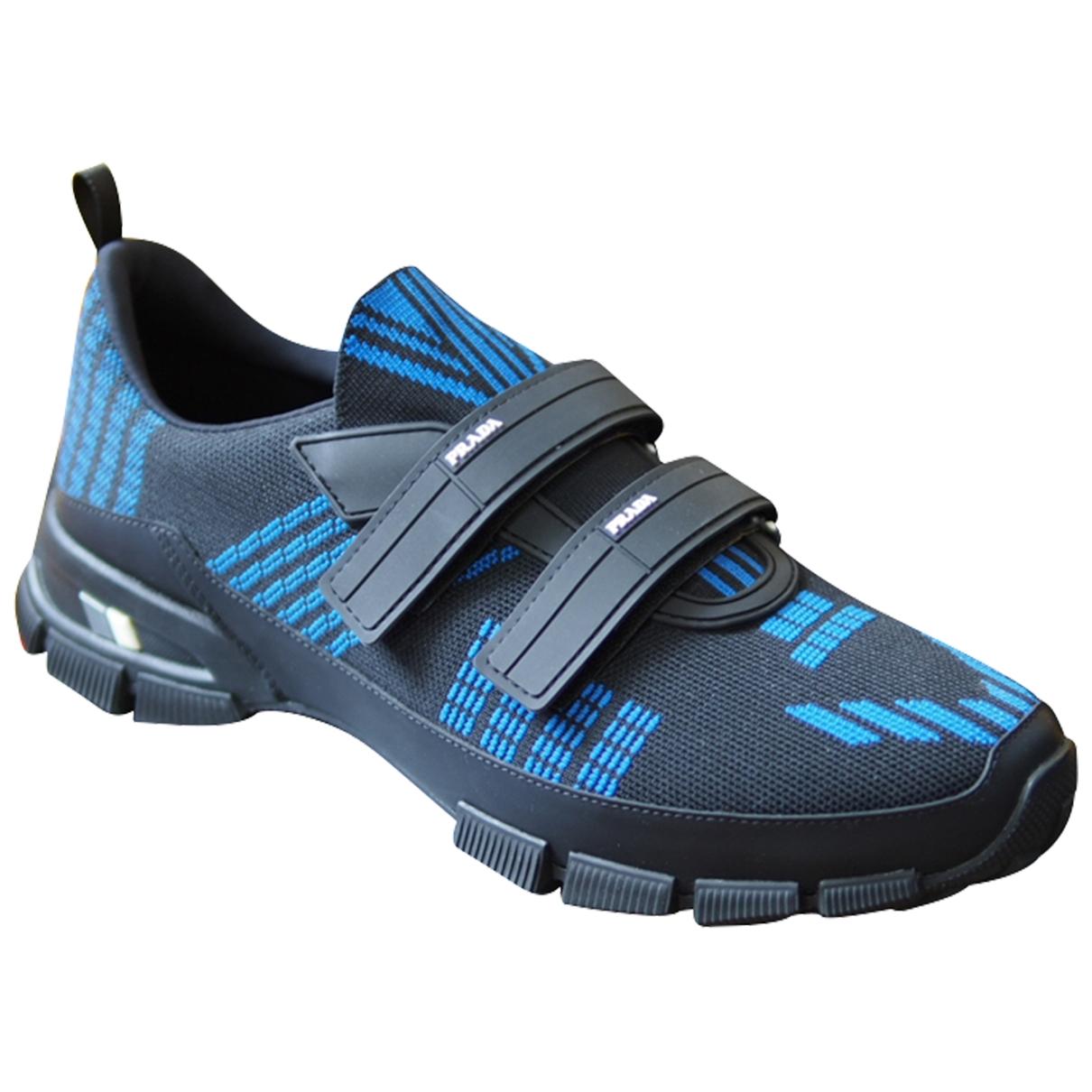 Prada Crossection Sneakers in  Blau Polyester
