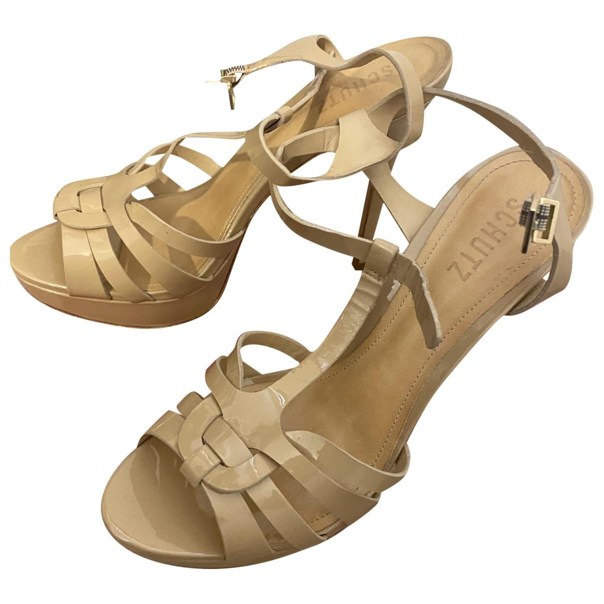 Schutz \N Sandalen in  Beige Leder
