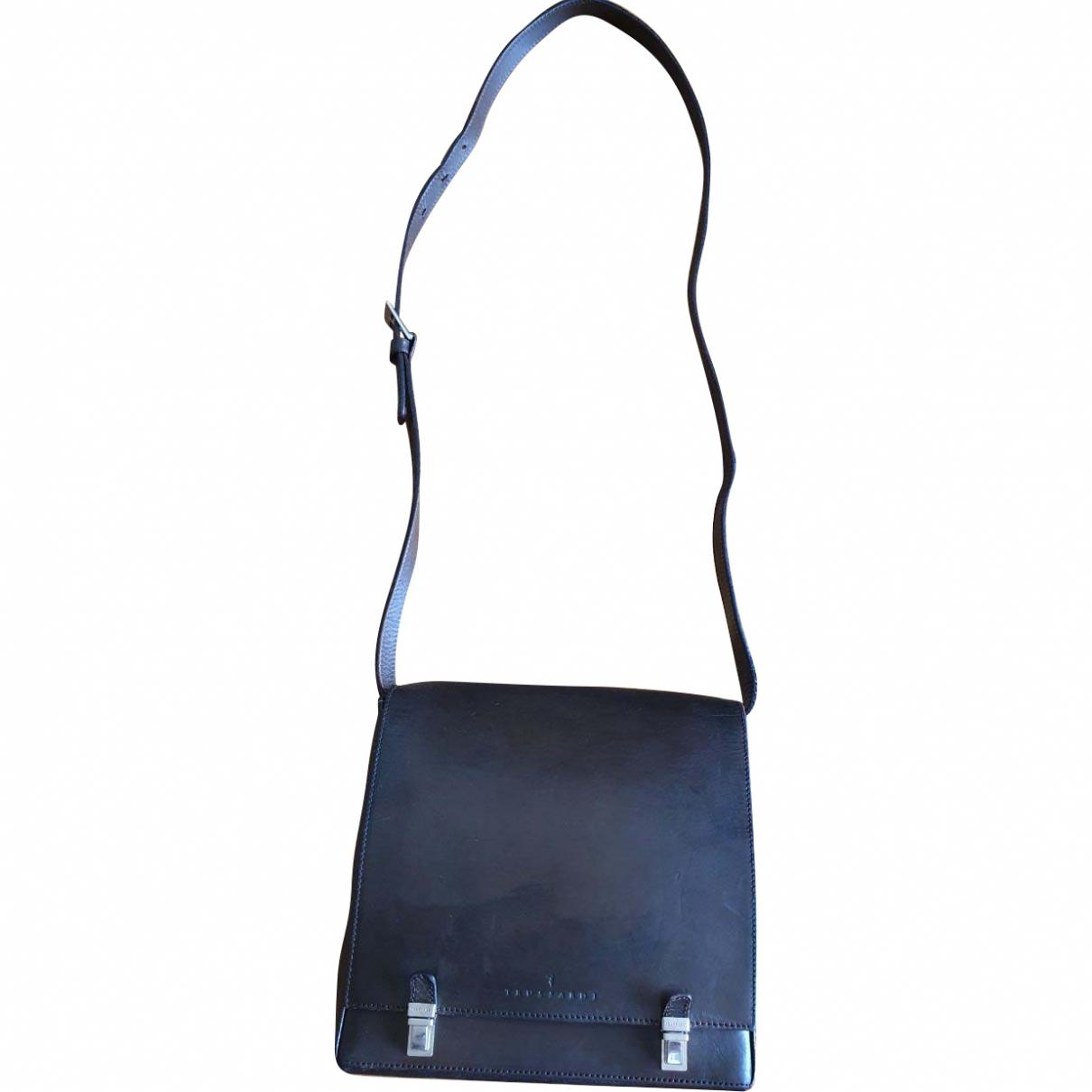 Trussardi \N Brown Leather handbag for Women \N