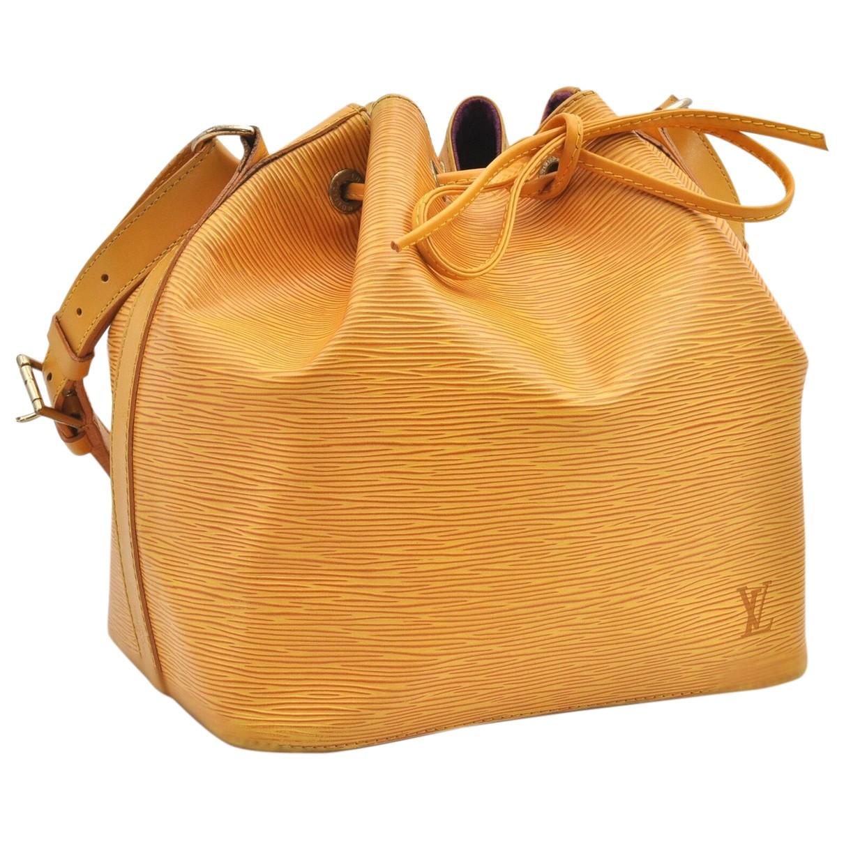 Louis Vuitton Noé Yellow Leather handbag for Women N