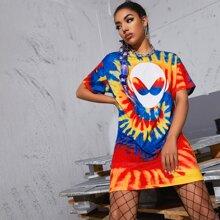 T-Shirt Kleid mit sehr tief angesetzter Schulterpartie, Ausserirdischem Muster und Batik