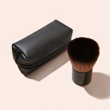 1pc Chubby Powder Brush & 1pc Storage Bag
