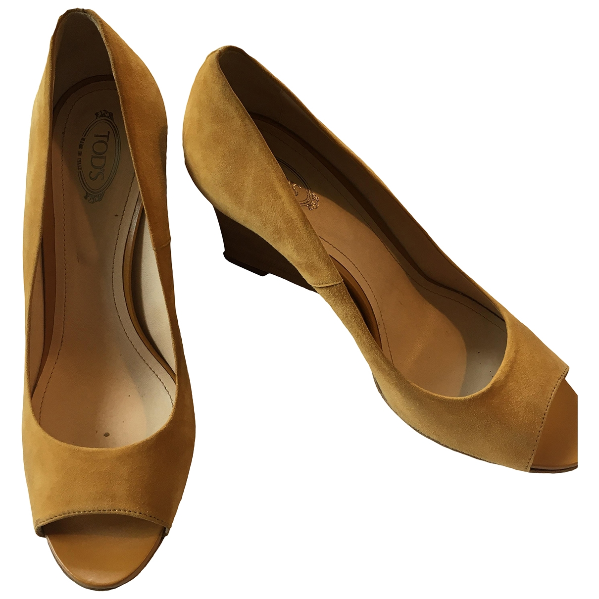 Tod's \N Yellow Suede Sandals for Women 39 IT