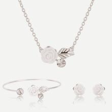 Halskette mit Blumen Anhaenger, Ohrringe und Armband