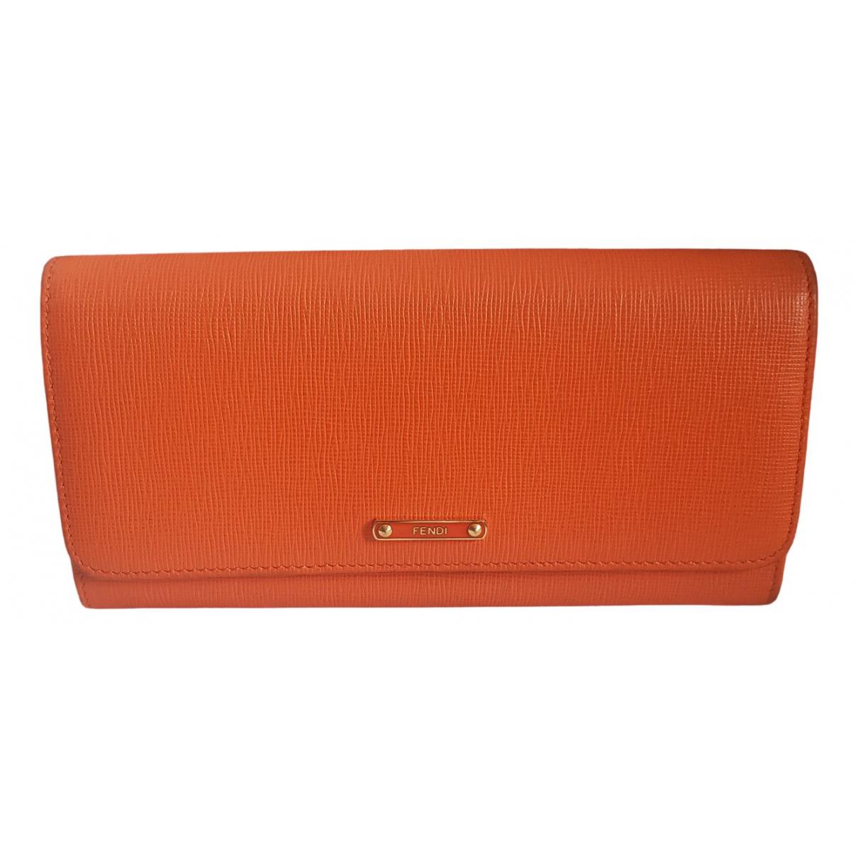 Fendi - Portefeuille   pour femme en cuir - orange