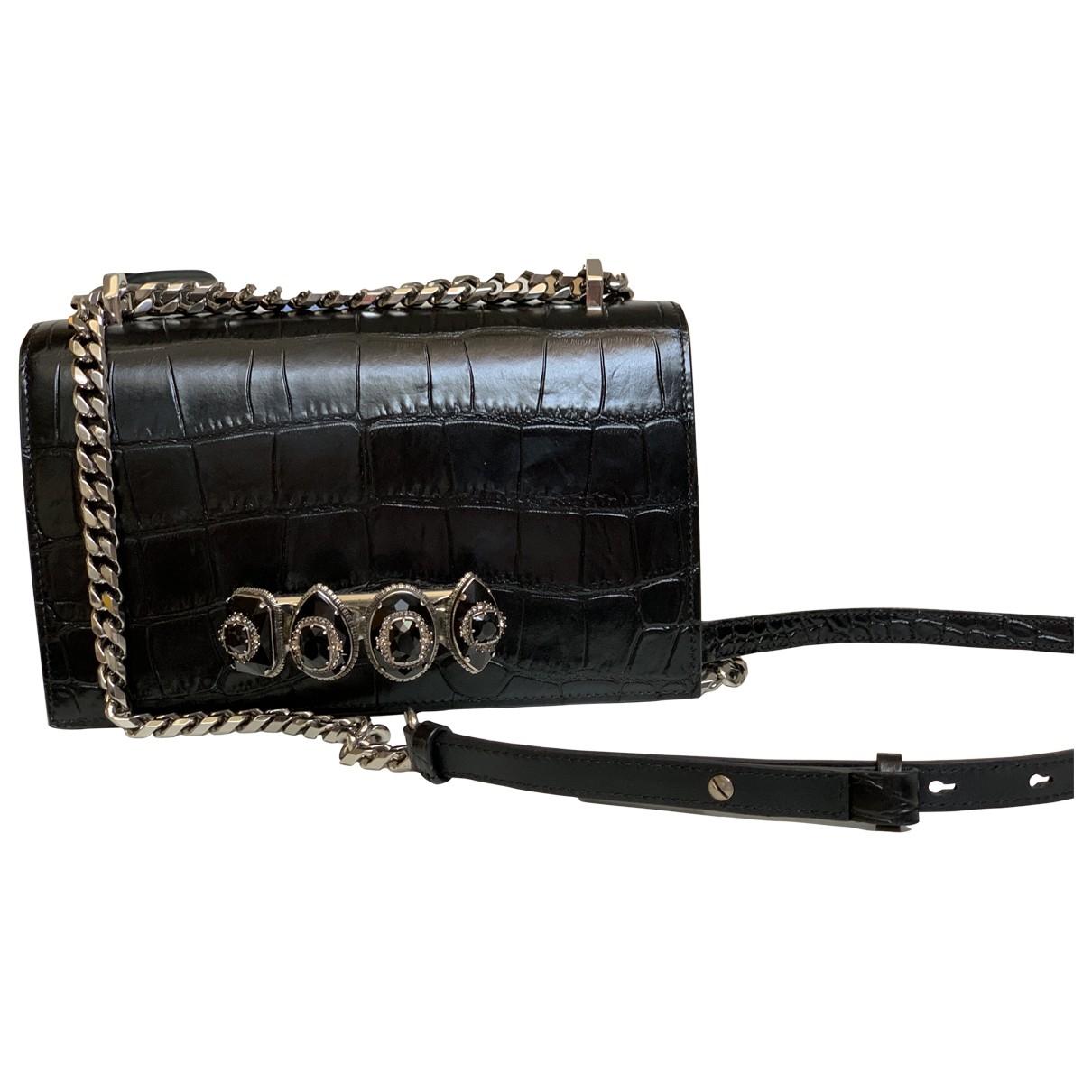 Alexander Mcqueen Knuckle Black Leather handbag for Women \N