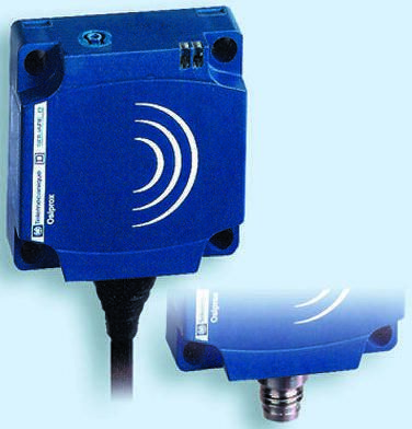 Telemecanique Sensors Inductive Sensor - Block, PNP-NO Output, 15 mm Detection, IP68, Cable Terminal