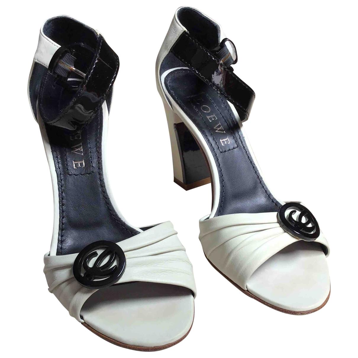 Loewe - Sandales   pour femme en cuir - ecru