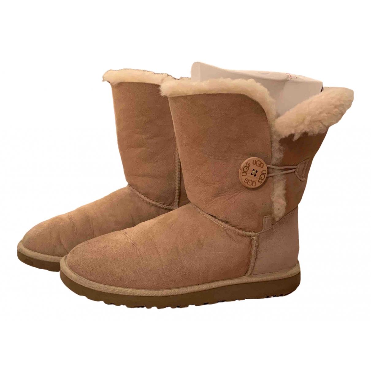Ugg \N Beige Suede Boots for Women 39 EU