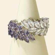 Anillo con diseño de hoja con diamante de imitacion