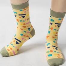 Socken mit Geometrie Muster