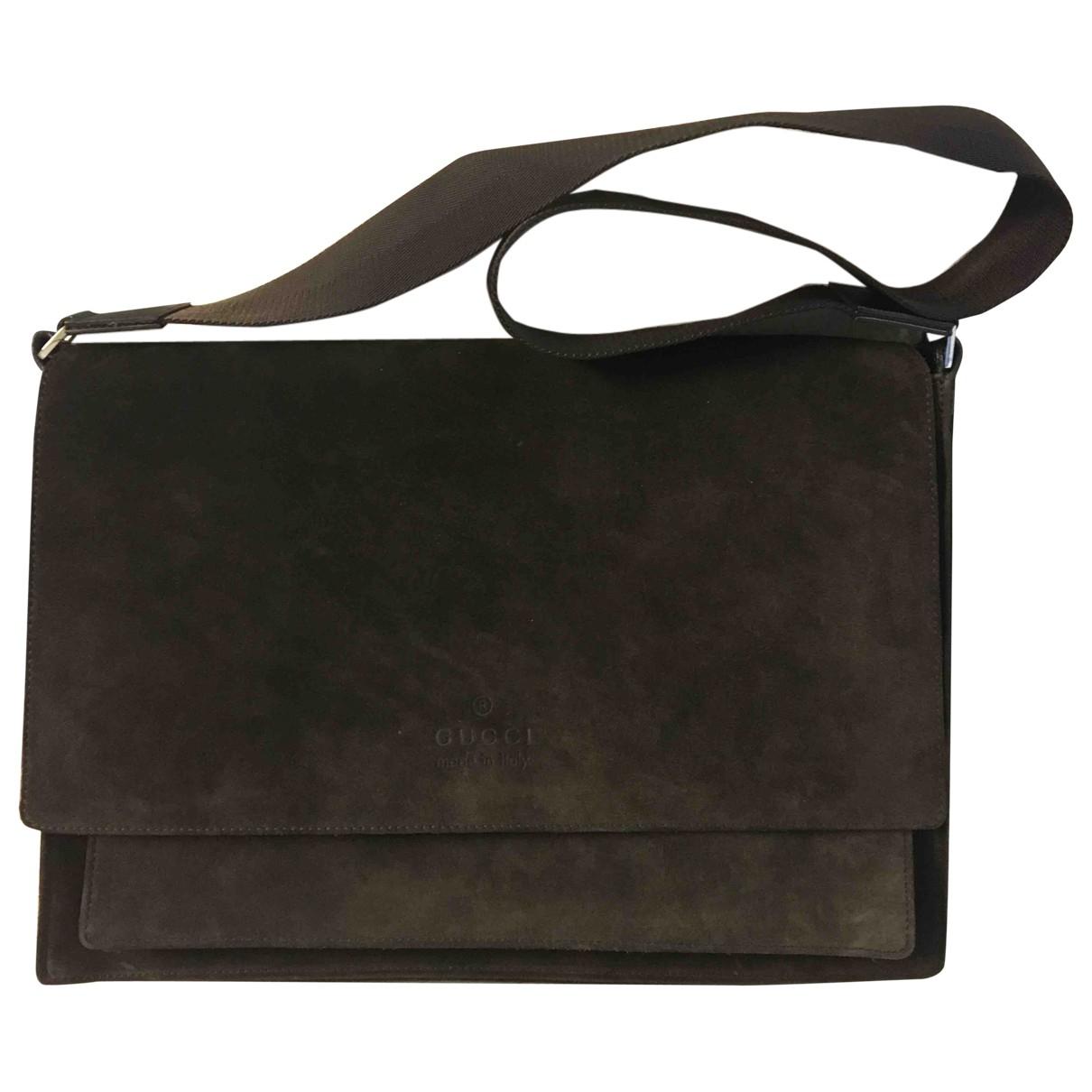 Gucci \N Handtasche in  Braun Veloursleder