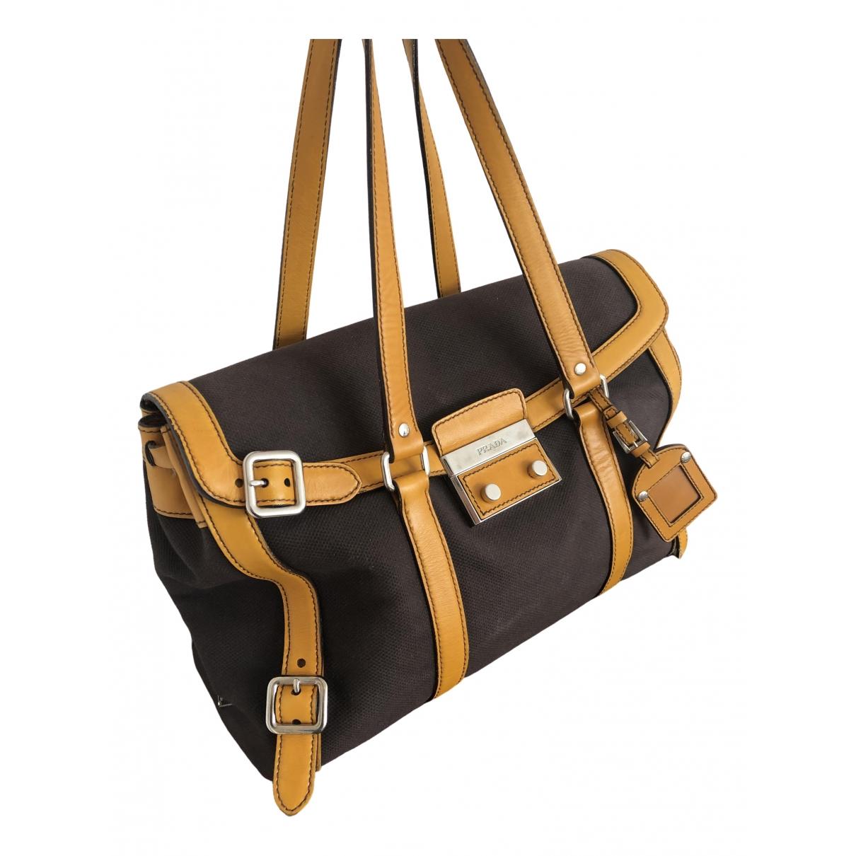 Prada \N Handtasche in  Braun Leinen